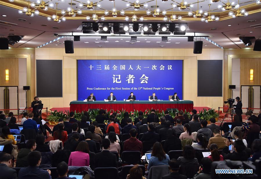 (TWO SESSIONS)CHINA-BEIJING-NPC-PRESS CONFERENCE-COMMERCE (CN)