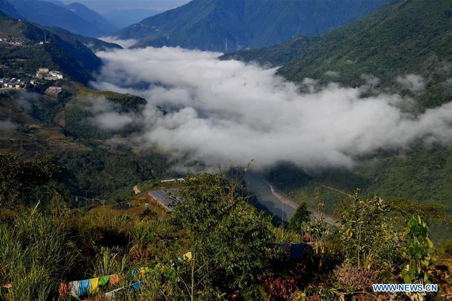 CHINA-TIBET-MEDOG-SPRING SCENERY (CN)