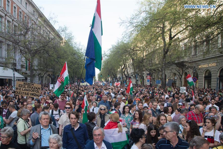 massive demonstration against orban in budapest xinhua english