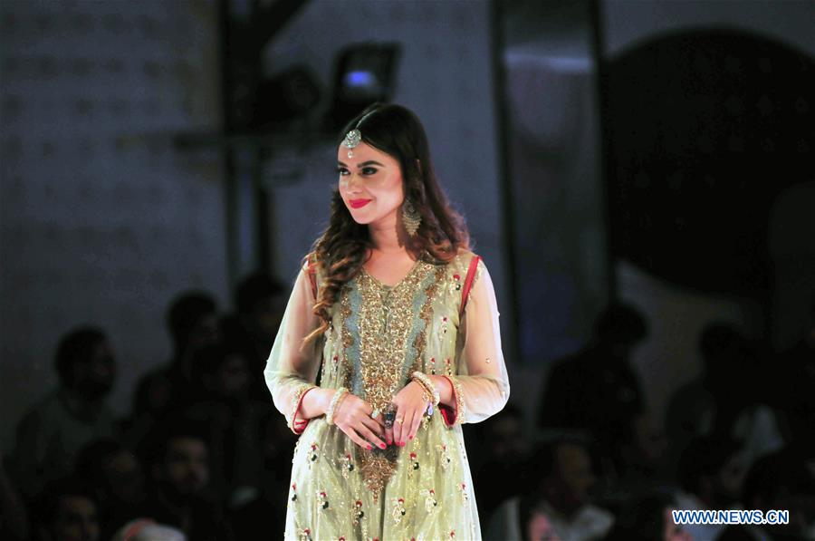 Creations Presented At Fashion Show In Islamabad Pakistan Xinhua English News Cn
