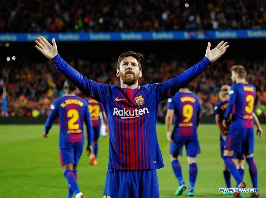10 Man Barcelona Draw 2 2 Against Real Madrid Xinhua English News Cn