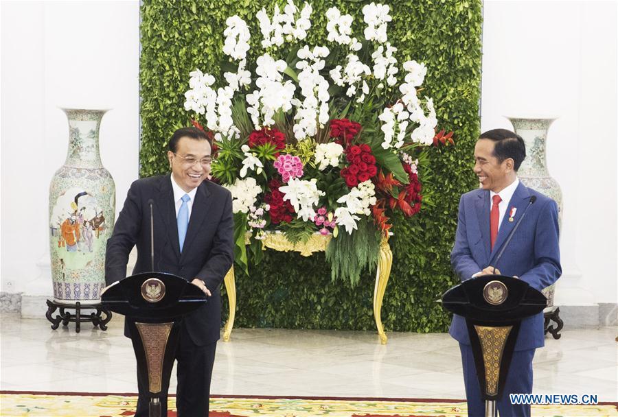 INDONESIA-CHINA-LI KEQIANG-JOKO WIDODO-PRESS CONFERENCE