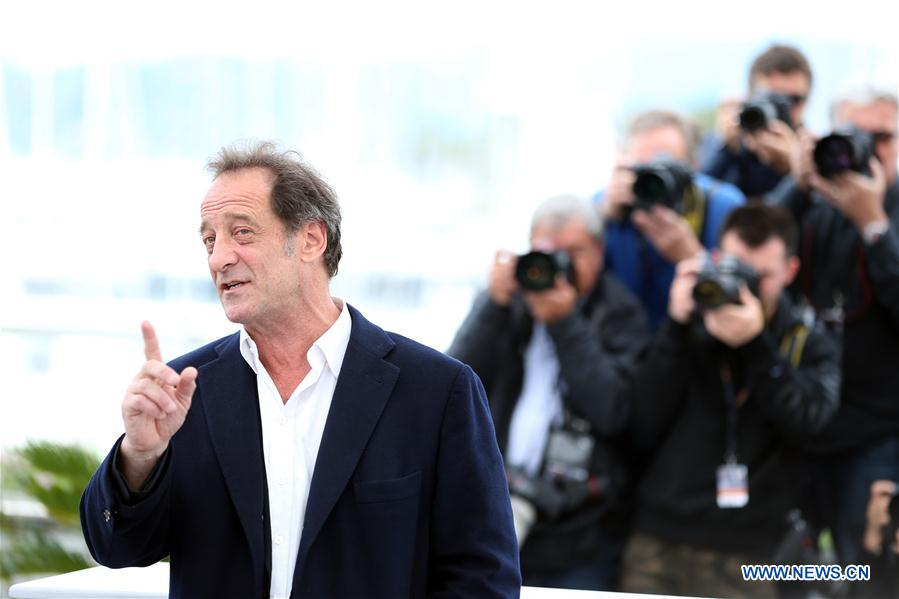 Actor Vincent Lindon of the film &quot;In War (En Guerre)&quot; poses during a photocall of the 71st Cannes International Film Festival in Cannes, France on May 16, 2018. The 71st Cannes International Film Festival is held from May 8 to May 19. (Xinhua/Luo Huanhuan)<br/>