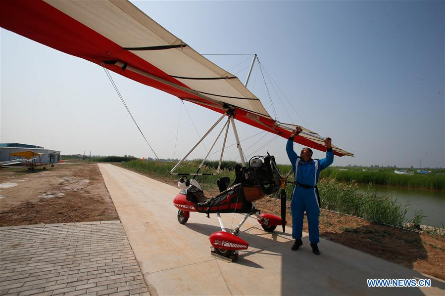 CHINA-NINGXIA-YINCHUAN-FARMER-PILOT (CN)