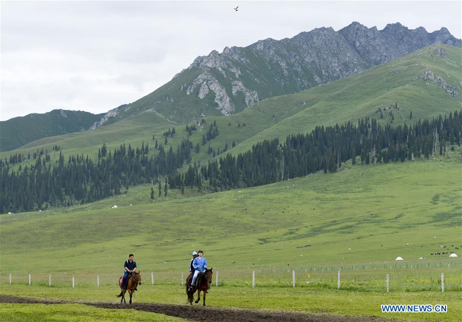 CHINA-XINJIANG-HERDSMEN-TOURISM (CN)