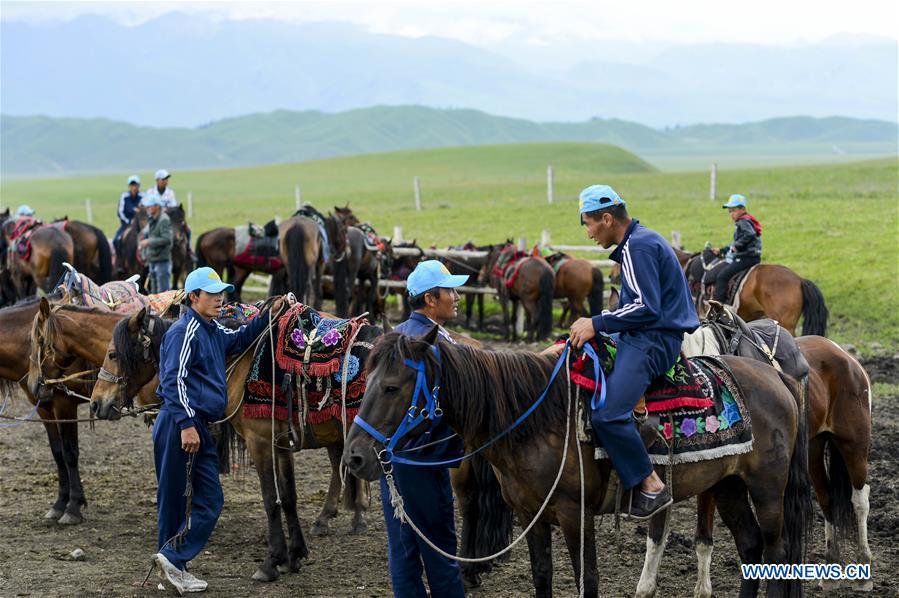 CHINA-XINJIANG-HERDSMEN-TOURISM (CN)
