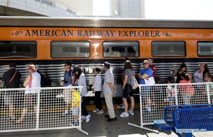 summertrain伴奏_union station summer train festival held in los angeles