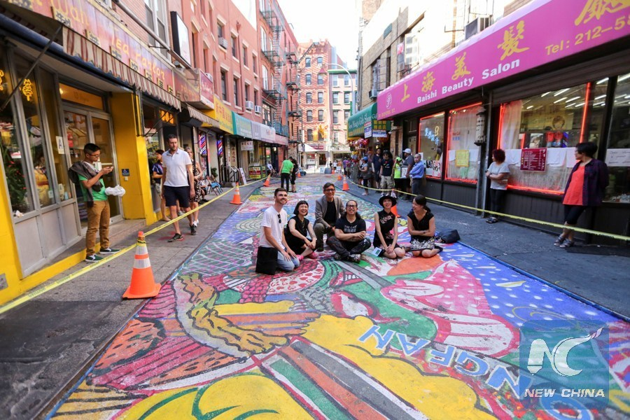 Chinese Artist S Street Art Attracts More Visitors To New York Chinatown Xinhua English News Cn