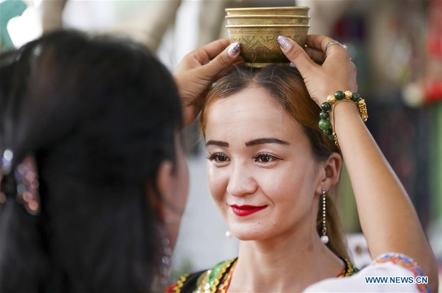 46++ Xinjiang people terbaru