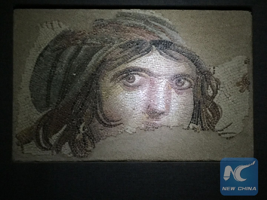 "Feature: Missing mosaics of Turkey's ""Gipsy Girl"" to return from U.S."