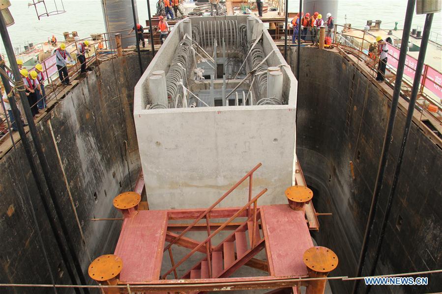 CHINA-HONG KONG-ZHUHAI-MACAO BRIDGE-CONSTRUCTION (CN)