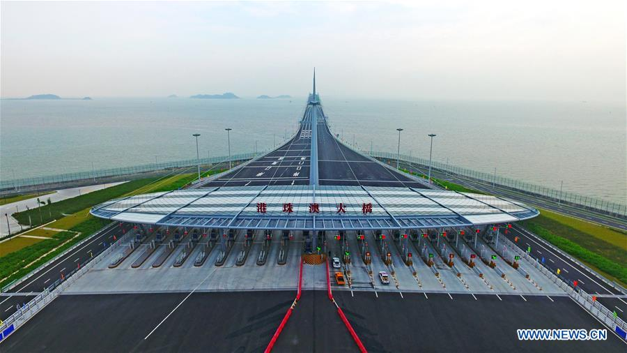 CHINA-HONG KONG-ZHUHAI-MACAO BRIDGE-OPEN TO TRAFFIC (CN)
