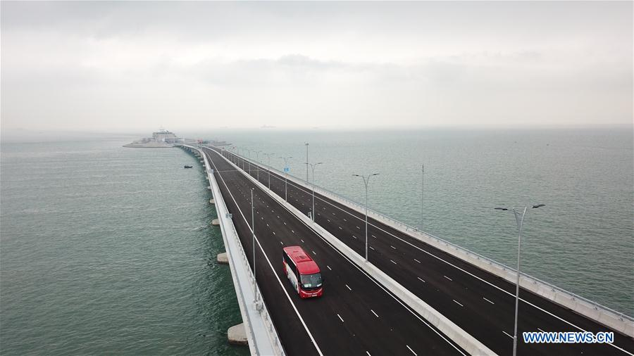 CHINA-HONG KONG-ZHUHAI-MACAO BRIDGE-PUBLIC TRAFFIC-OPEN (CN)