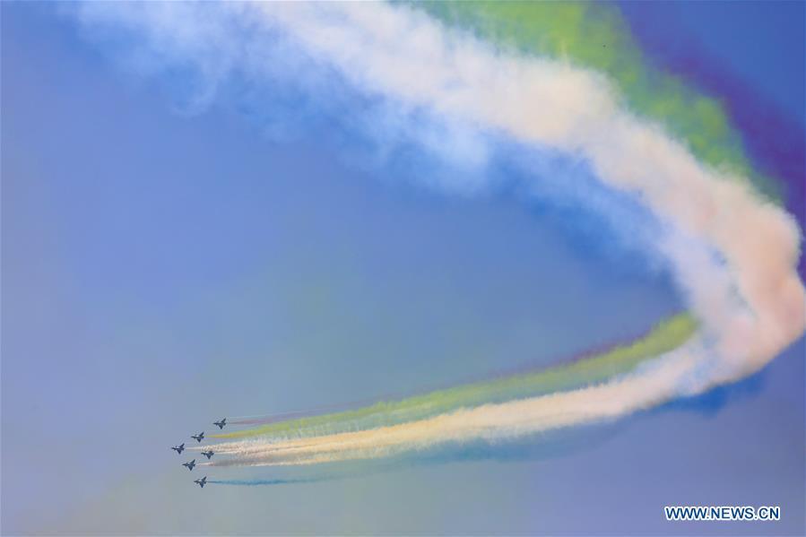 CHINA-GUANGDONG-ZHUHAI-AIRSHOW-BAYI AEROBATIC TEAM-PERFORMANCE(CN)
