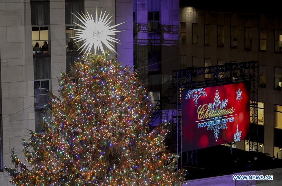 Rockefeller Tree Lighting Ceremony Held In New York Xinhua