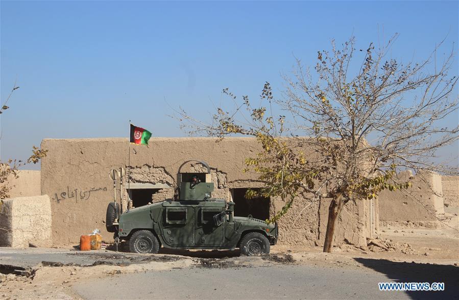 阿富汗安全部队成员参加了阿富汗南部的军