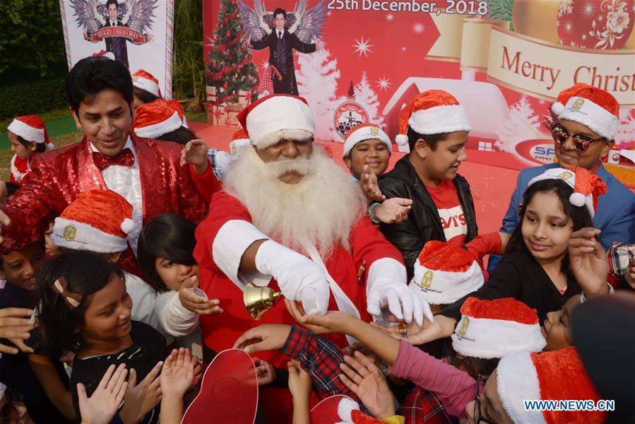People Celebrate Christmas Day In Dhaka Bangladesh Xinhua English News Cn