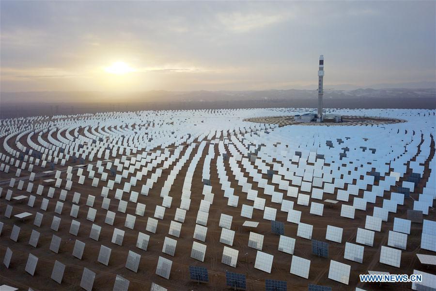 100 megawatt molten salt solar thermal power plant completed in