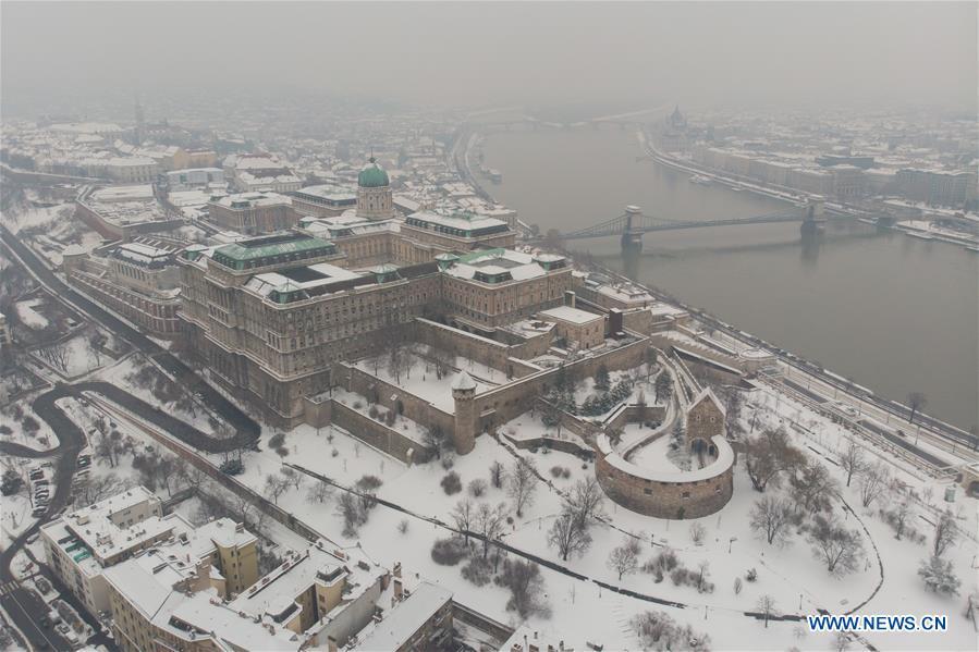 匈牙利布达佩斯雪