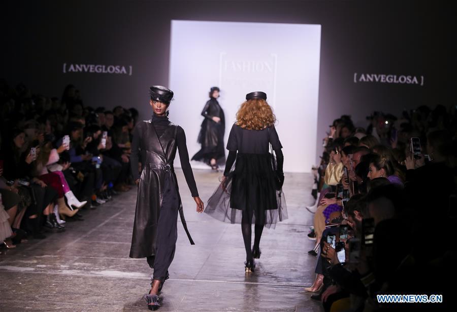美国 - 纽约 - 时装周 - 时装香港秀