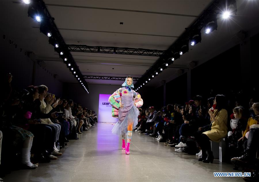 Young Chinese Designer Makes New York Fashion Week Debut Xinhua English News Cn