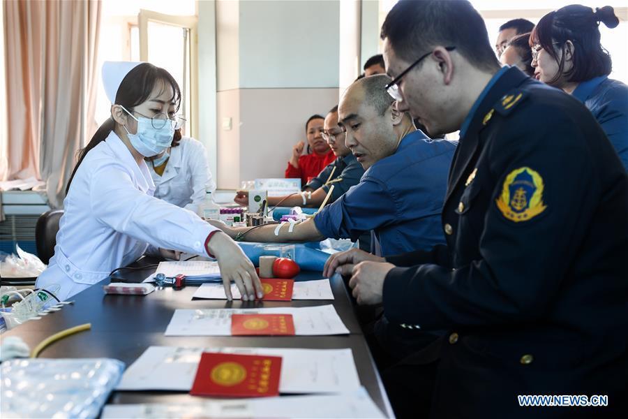 中国 - 内蒙古 - 西林岭 - 矿山事故 - 献血(CN)