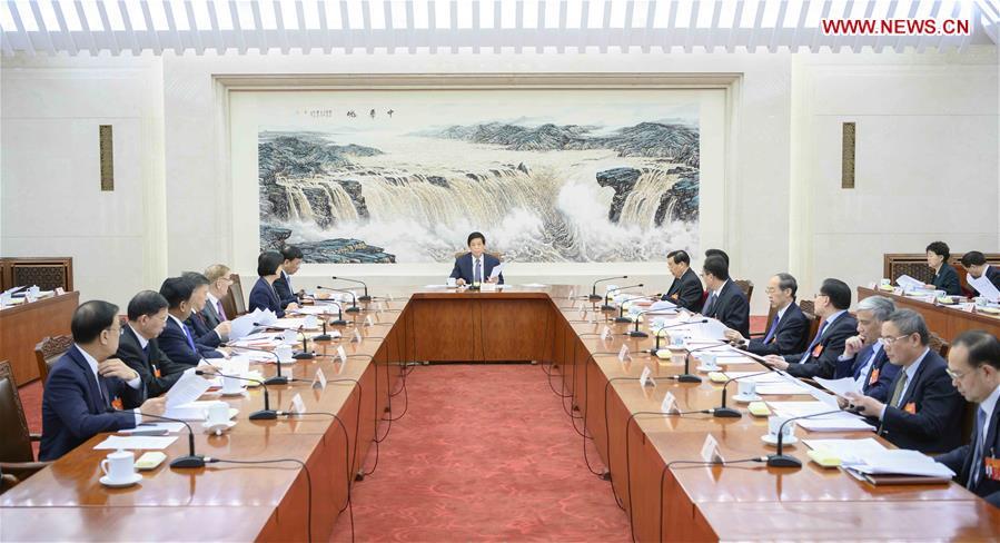 (两会)中国 - 北京 - 全国人大 - 主席 - 执行主席 - 会议(CN)