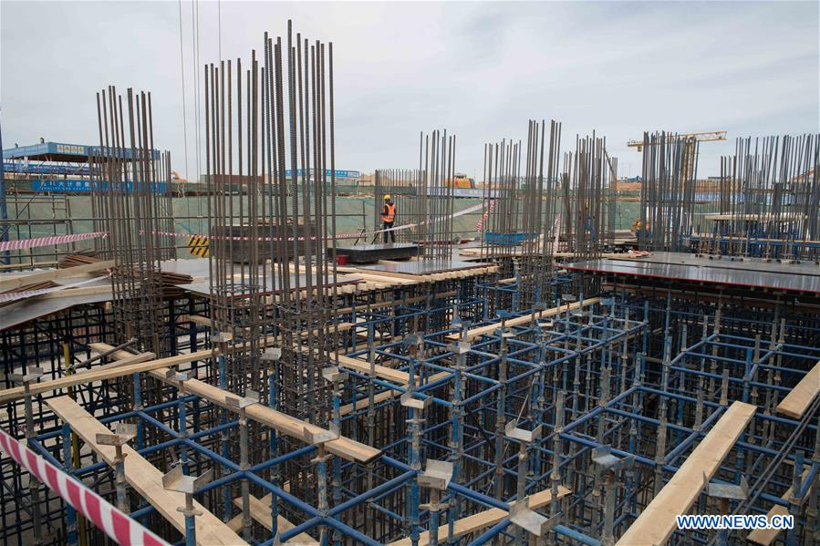 Feature: Chinese construction projects in Egypt's new