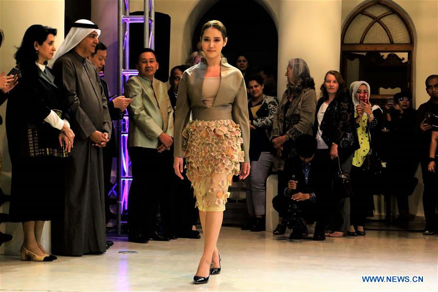 Thai Textiles Exhibition And Fashion Show Held In Kuwait City Xinhua English News Cn