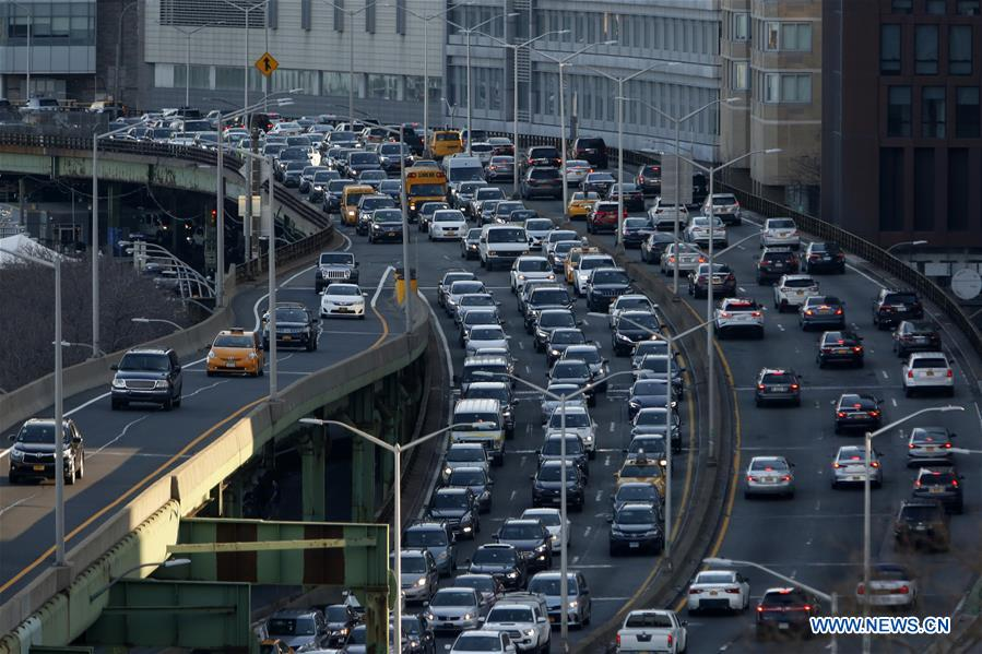U S  state of New York approves Manhattan congestion fees