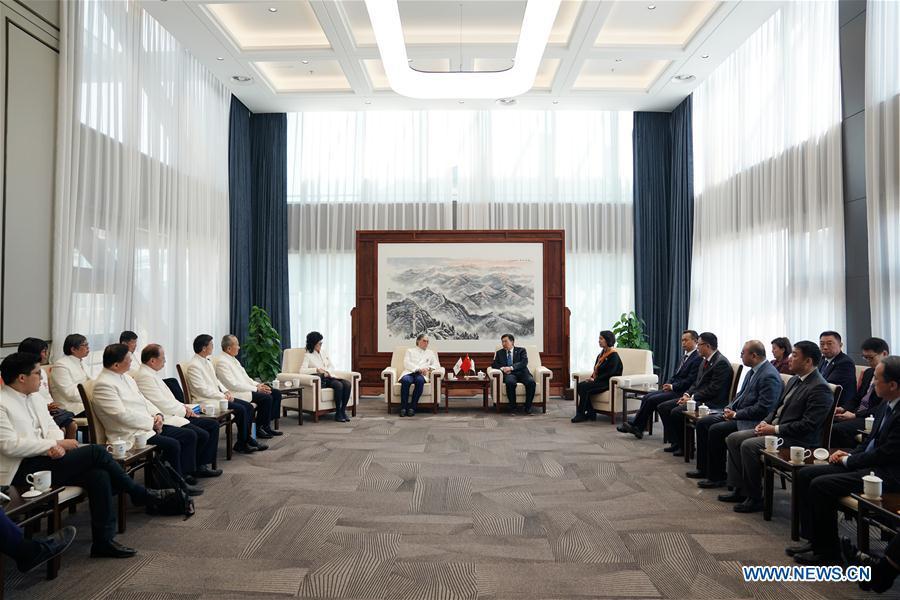 (SP)CHINA-BEIJING-TIMOTHY FOK TSUN-TING-VISIT(CN)