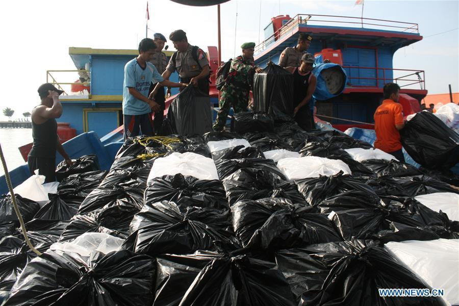 印度尼西亚 - 探索 - 选举 -  BALLOT BOXES-DISTRIBUTION