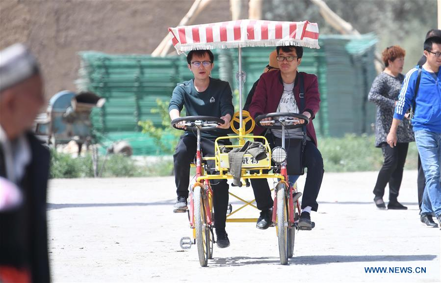 CHINA-XINJIANG-AWAT-TOURISM (CN)