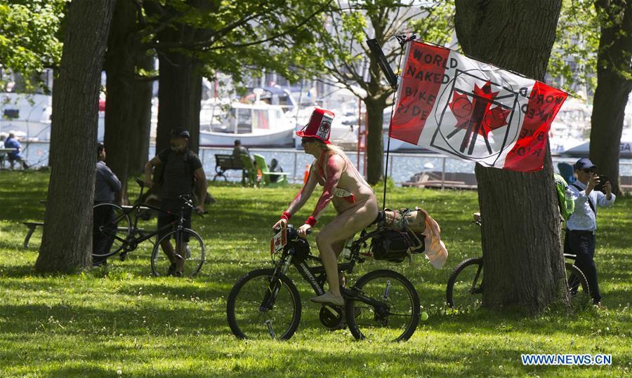 2019年世界裸体自行车骑行活动在多伦多举行