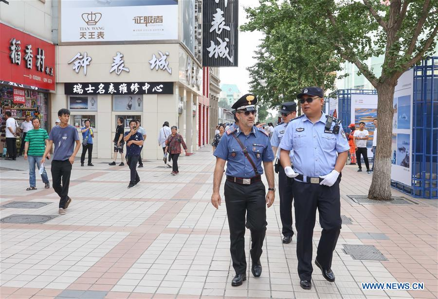 CHINA-BEIJING-ITALY-POLICE-JOINT PATROL (CN)