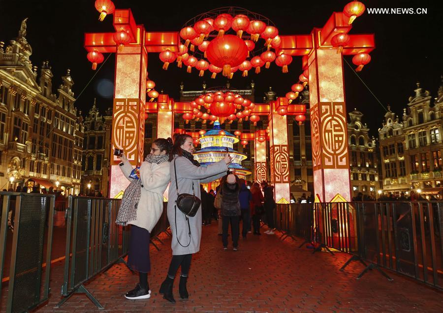 Xinhua Headlines: Europe poised to receive more Chinese tourists