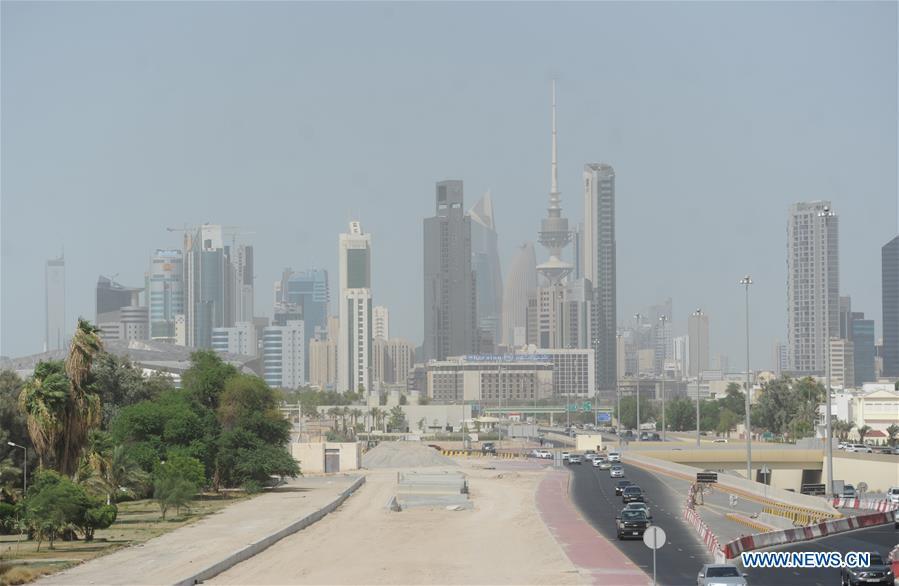 Heavy dust hits Kuwait City - Xinhua | English news cn