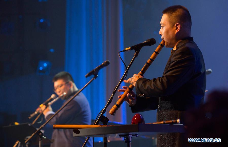 拉脱维亚 - 里加 - 音乐节 - 中国艺术家