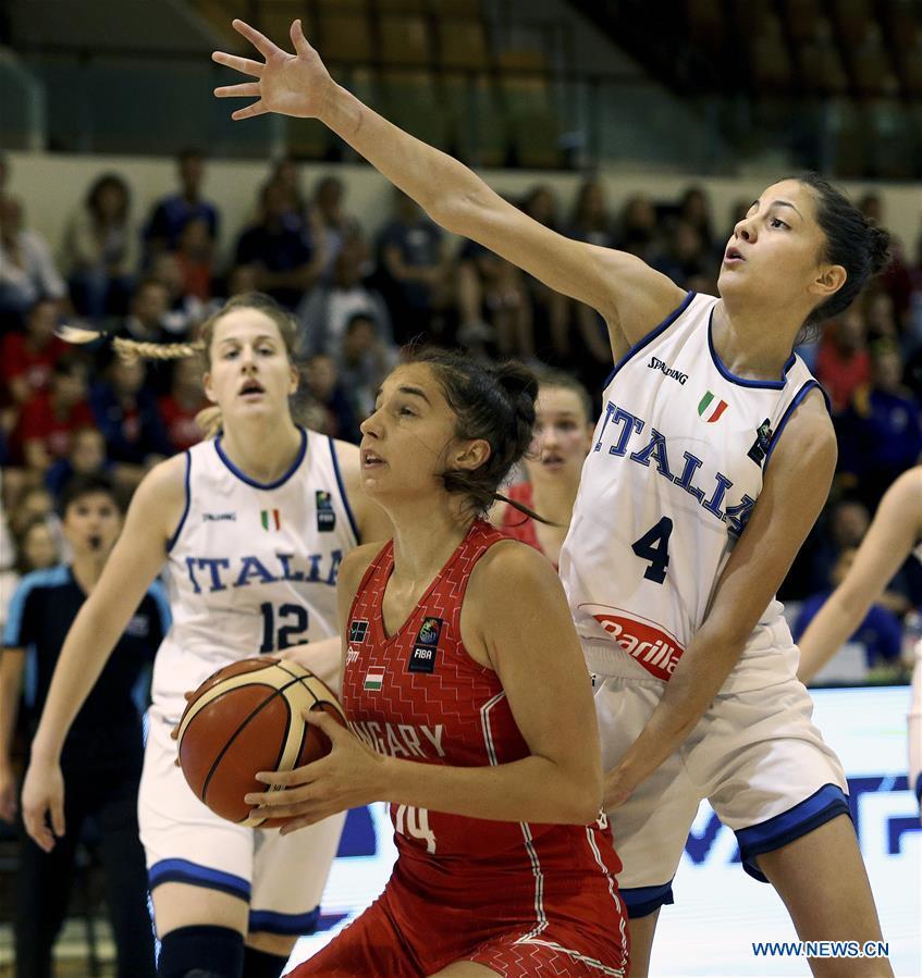 (SP)BOSNIA和HERZEGOVINA-SARAJEVO-BASKETBALL-女子 - 欧洲冠军U18-意大利VS匈牙利