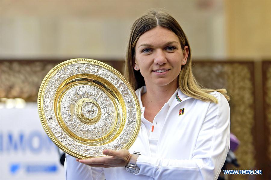 (SP)ROMANIA-BUCHAREST-TENNIS-HALEP-ARRIVAL