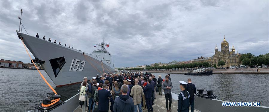 俄罗斯-ST。 PETERSBURG-CHINESE NAVY-VISIT