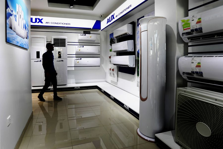 Chinese air conditioners grow popular among Iraqis scorched by blazing summer heat - Xinhua   English.news.cn