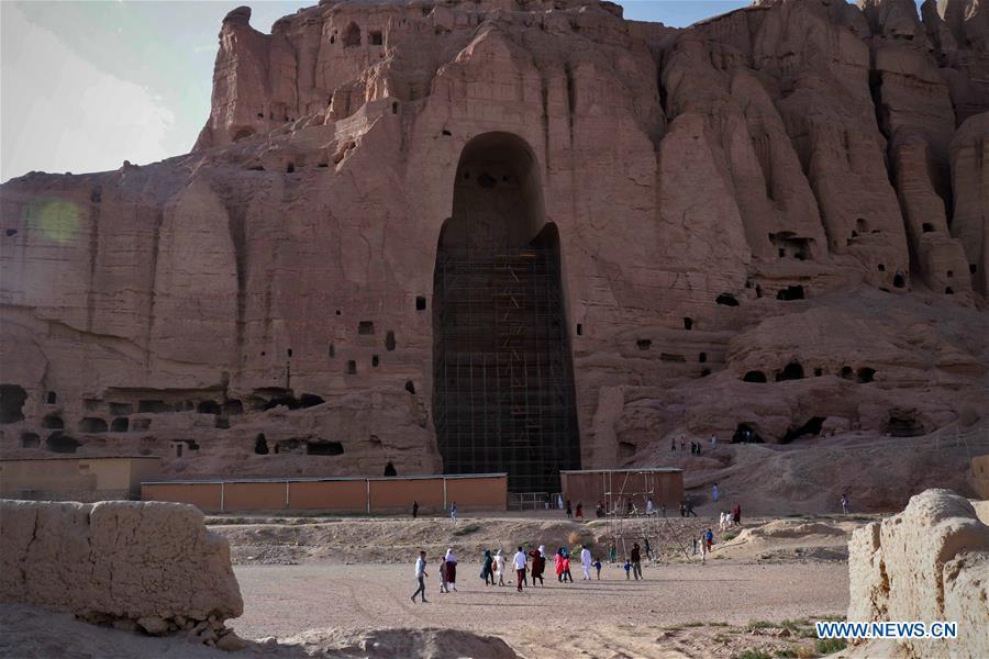 AFGHANISTAN-BAMYAN-TOURIST-VISIT