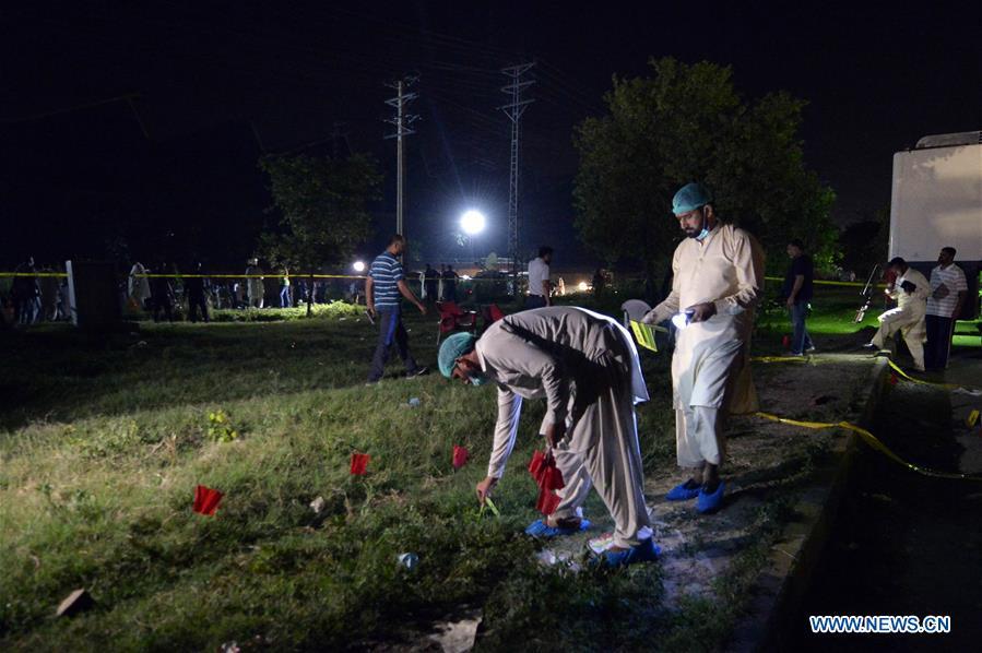 2 policemen killed, 1 injured in firing in Pakistan's