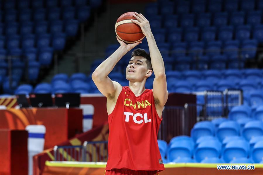 (SP)中国 - 广州 - 篮球 - 西班牙世界杯组 - 中国训练(CN)