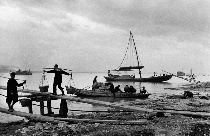 Chengdu holds exhibition of French photographer Marc Riboud - Xinhua | English.news.cn