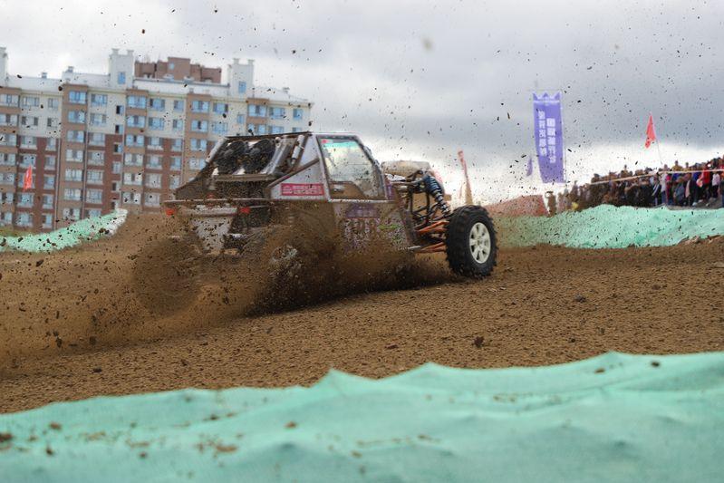 China-Russia Off-road Racing games make a muddy splash in Chinese border city  - Xinhua | English.news.cn