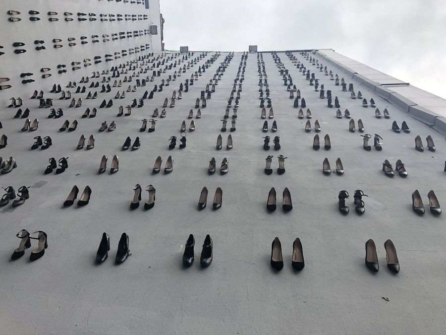 440 pairs of high heels installed in Istanbul to raise awareness against women killings - Xinhua | English.news.cn