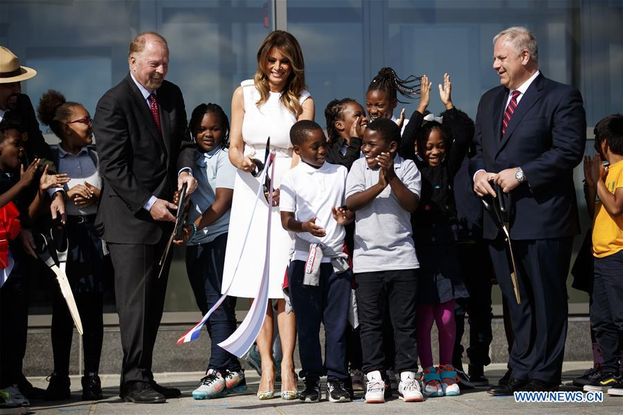 U.S. first lady attends reopening of Washington Monument - Xinhua   English.news.cn