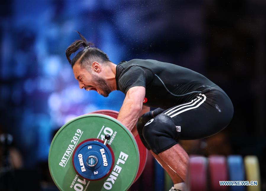 (SP)泰国-芭堤雅-举重冠军-男子67公斤级